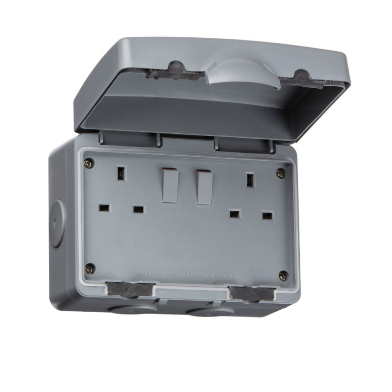 Knightsbridge IP66 13A 2Gang DP Switched Outdoor Socket IP9000